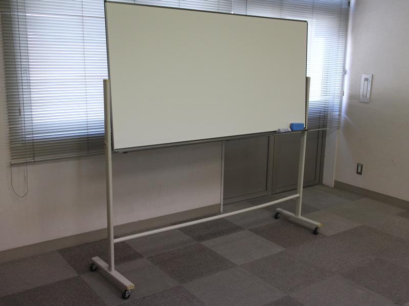 102貸会議室ホワイトボード