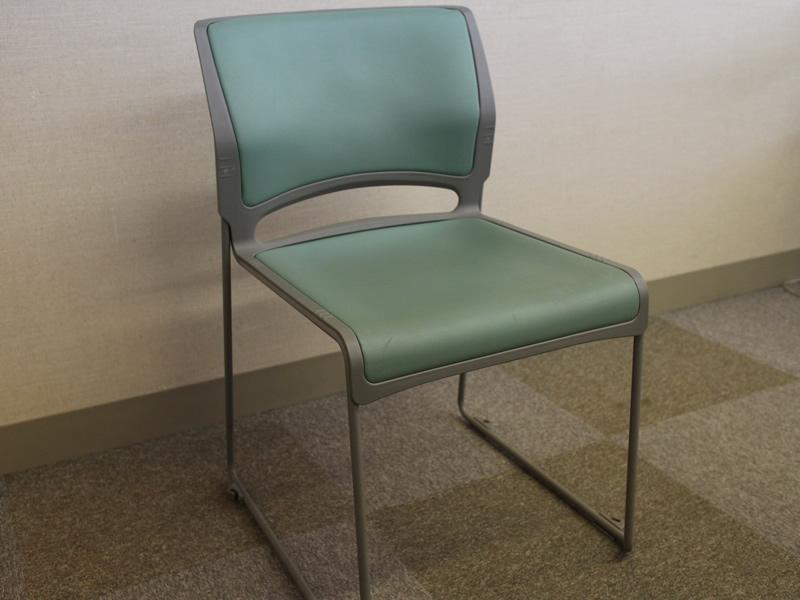 201貸会議室椅子